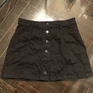 Forever 21 size 26 button up black mini skirt